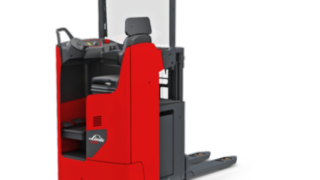 Comfortable double pallet stacker D12 RW from Linde Material Handling