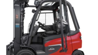 E30 driver's workstation from Linde Material Handling