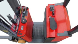 The dual-command control from Linde Material Handling makes reversing easier.