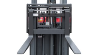 The fork arm positioner from Linde Material Handling enables more quick and precise positioning.