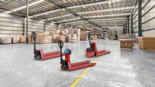 The M25, M25 Scale+, and M10 X hand pallet trucks from Linde Material Handling