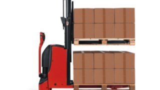 LInde Pedestrian Double Stacker D06, D08 with a load capacity of 600 kg to 800 kg.