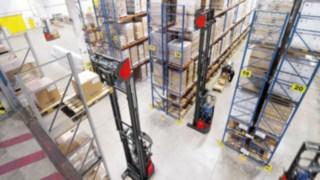 R14 – R17 X HD Reach Trucks in the High Rack Warehouse