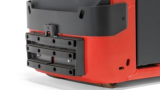 The bumper of the V08 order picker from Linde Material Handling protects the driver in the event of a collision.