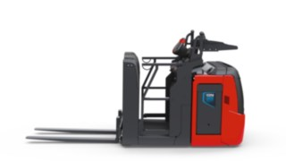 Side rails of the V08 order picker from Linde Material Handling offer additional protection for the driver.