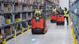 N20 series order pickers from Linde Material Handling in use in the warehouse