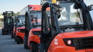 Linde rental trucks in a row