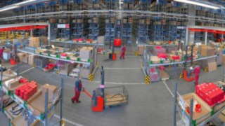 Material flow in a warehouse equipped by Linde Material Handling