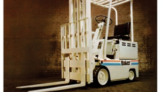 Forklift from the 1970s produced by Baker, which was taken over by Linde Material Handling in 1977