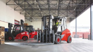 Electric forklift E80 from Linde Material Handling in use at Cölner Hofbräu P. Josef Früh KG in Cologne-Feldkassel