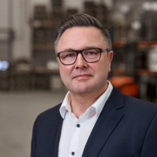 Andreas Wacker works at Reinheim-based Grass GmbH as the head of production