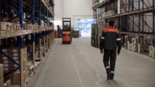 Reinheim-based Grass GmbH uses Linde Material Handling forklift trucks in its warehouse.