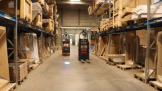 Two L-MATICs from Linde Material Handling in use at Austrian sanitary equipment specialist HOLTER