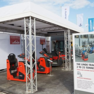 Linde Material Handling's booth at the Inter Airport 2017
