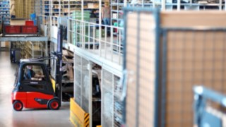 Electric forklift truck from Linde
