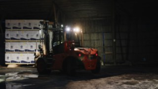 IC-truck H120 D from Linde Material Handling in use at Norrlands trä