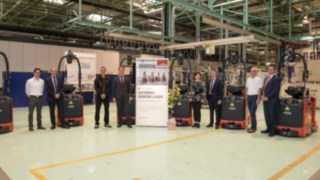 automated forklifts from Linde near Opel Vienna
