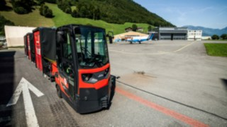 Linde's tugger train on the airfield