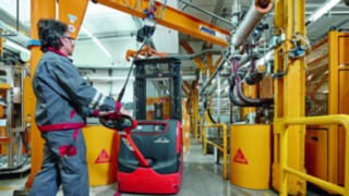 Pallet stacker in use at Sika Deutschland GmbH