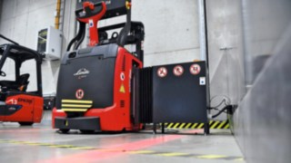An L-MATIC from Linde Material Handling in operation at ebm-papst in Mulfingen