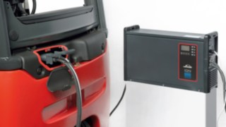 Customers who buy a Linde E14 to E18 ION, will receive a CE-certified complete system consisting of the truck and the battery, which is exactly matched to the application requirements, and together with the charger supplied by Linde, the advantages of the new battery technology can be fully exploited.