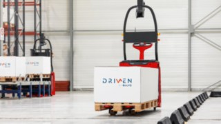 What was started as a pilot project in 2015 is today's daily business in many warehouses: the automated warehouse trucks of Linde MH and Balyo. By now, all Linde warehouse trucks are available as automated version.