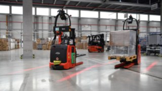 The automated L-MATIC forklift truck from Linde Material Handling